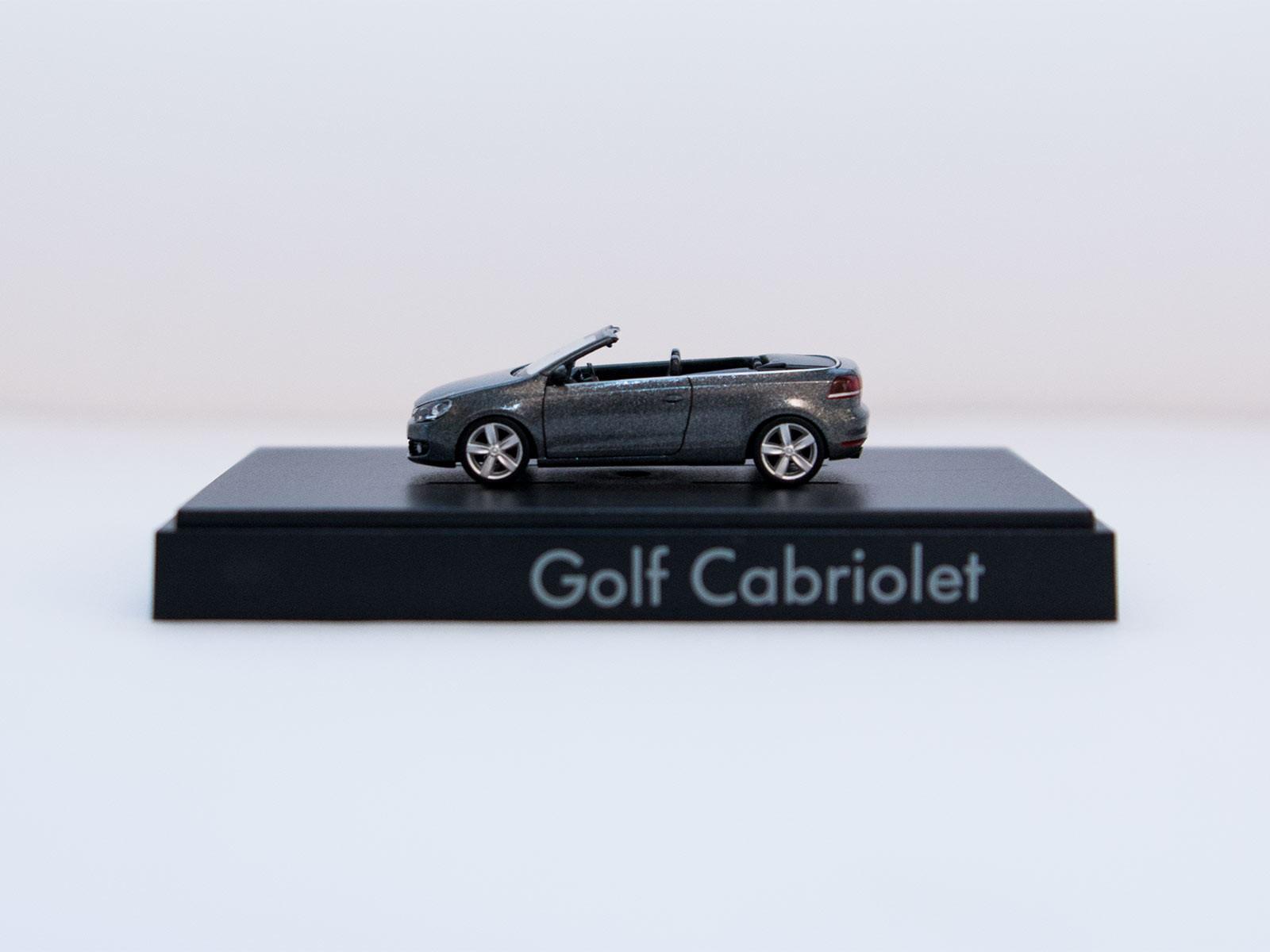 Wiking H0 VW Golf Cabriolet anthrazit Sondermodell