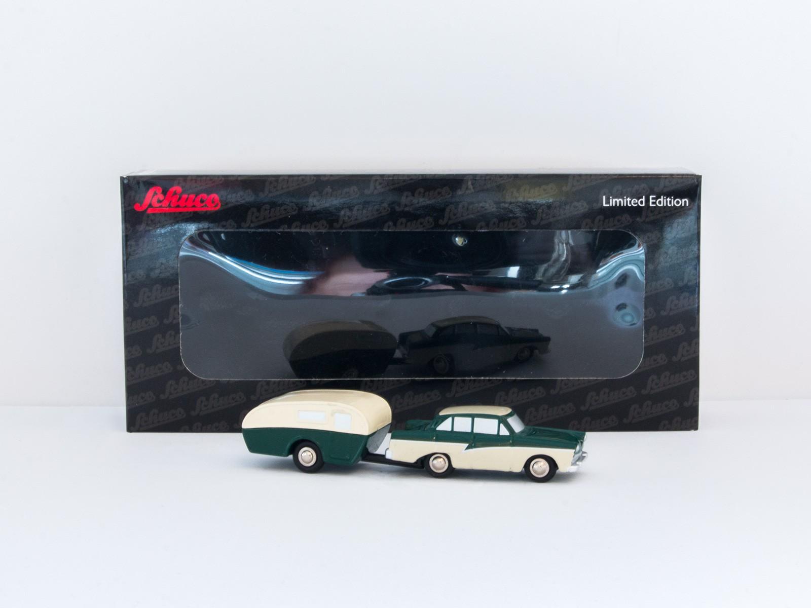 Schuco Piccolo 14140 Ford 17 M mit Wohnanhänger grün/beige 1:90
