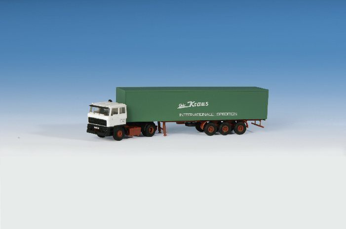 Kibri 14646 H0 DAF FT 2800 DFS m. Koffersattelauflieger