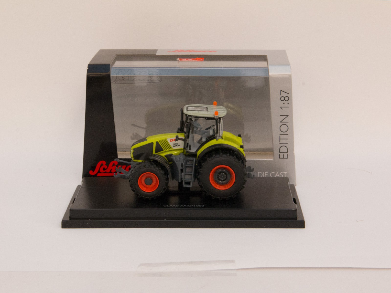 "Schuco 26032 Claas ""Axion 950"""