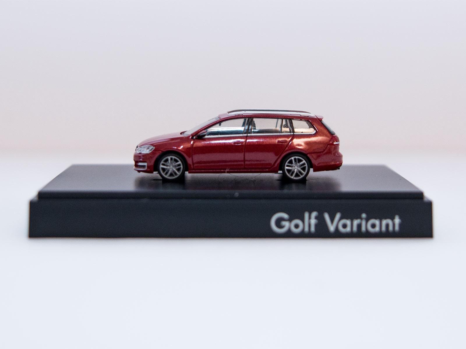 Rietze H0 VW Golf Variant rotmetallic Sondermodell