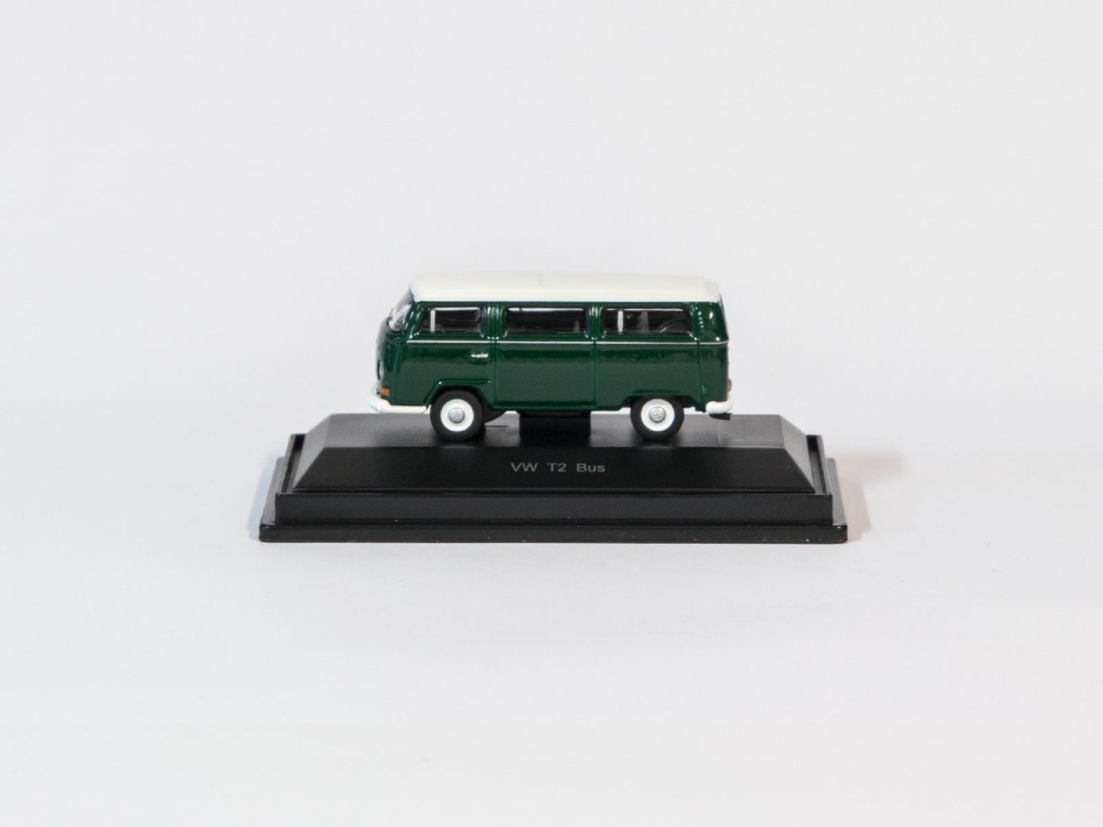 Schuco 452622600  VW T2 Bus grün/weiß