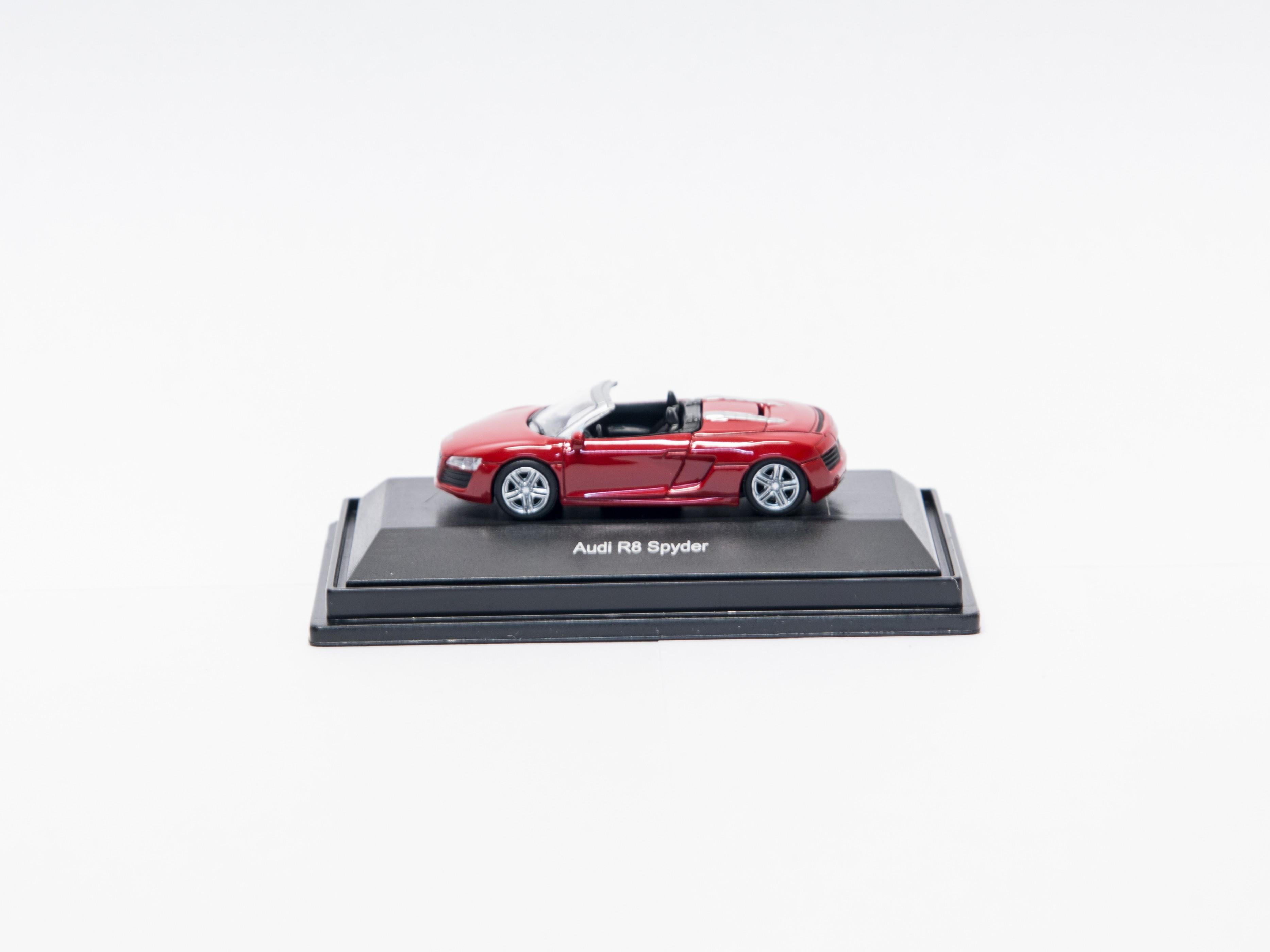 Schuco 26033 H0 Audi R8 Spyder