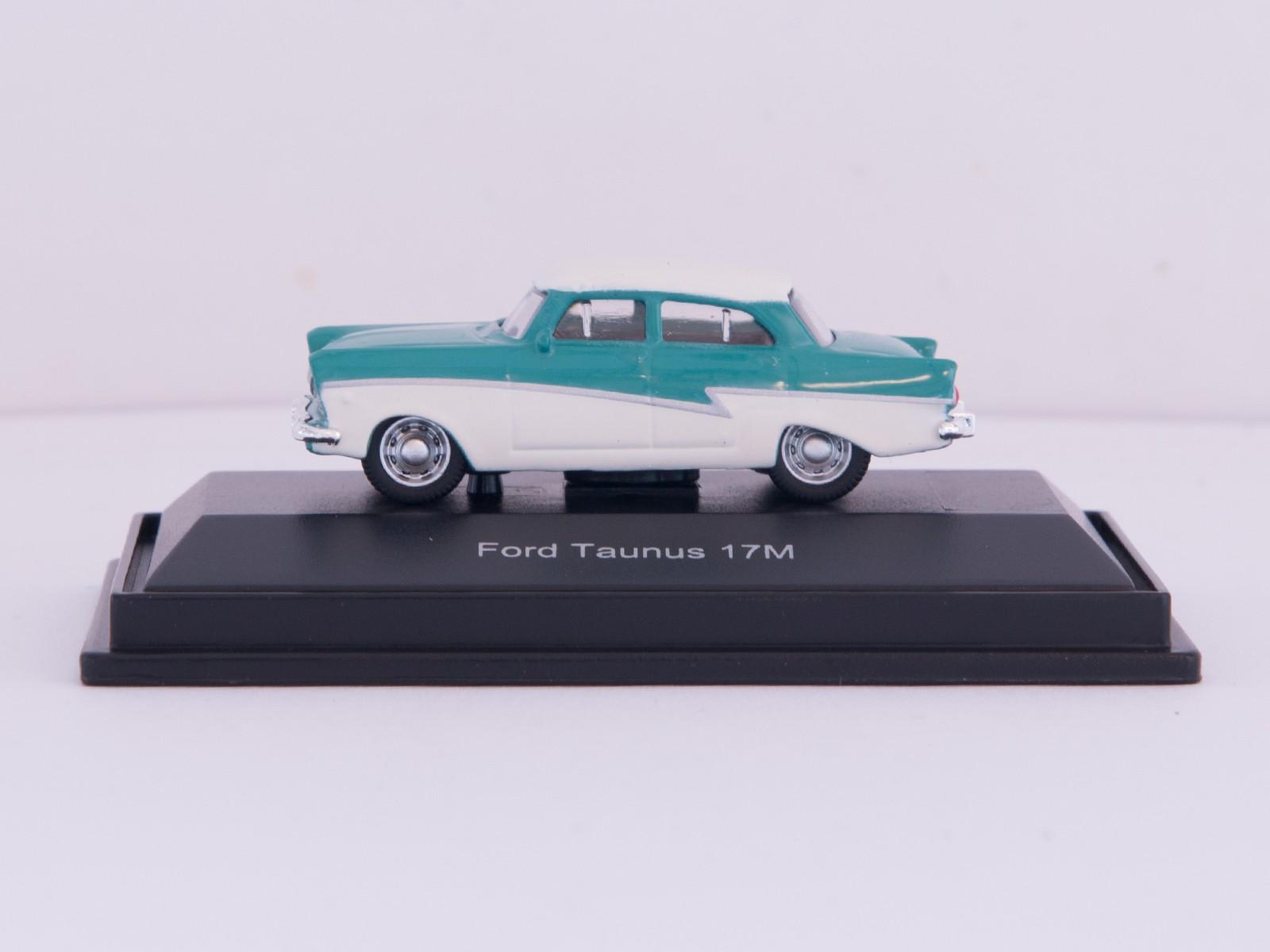 Schuco 26122 H0 Ford Taunus 17M