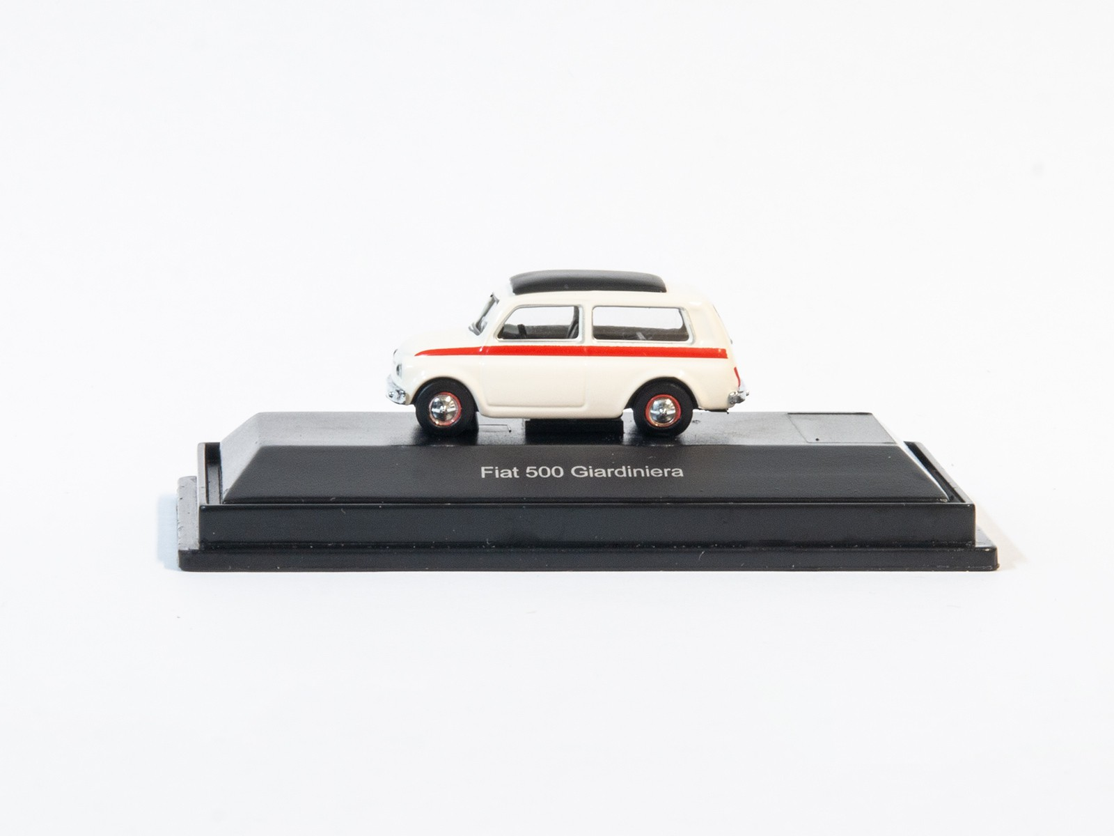 Schuco 452627300  Fiat 500 Giardiniera