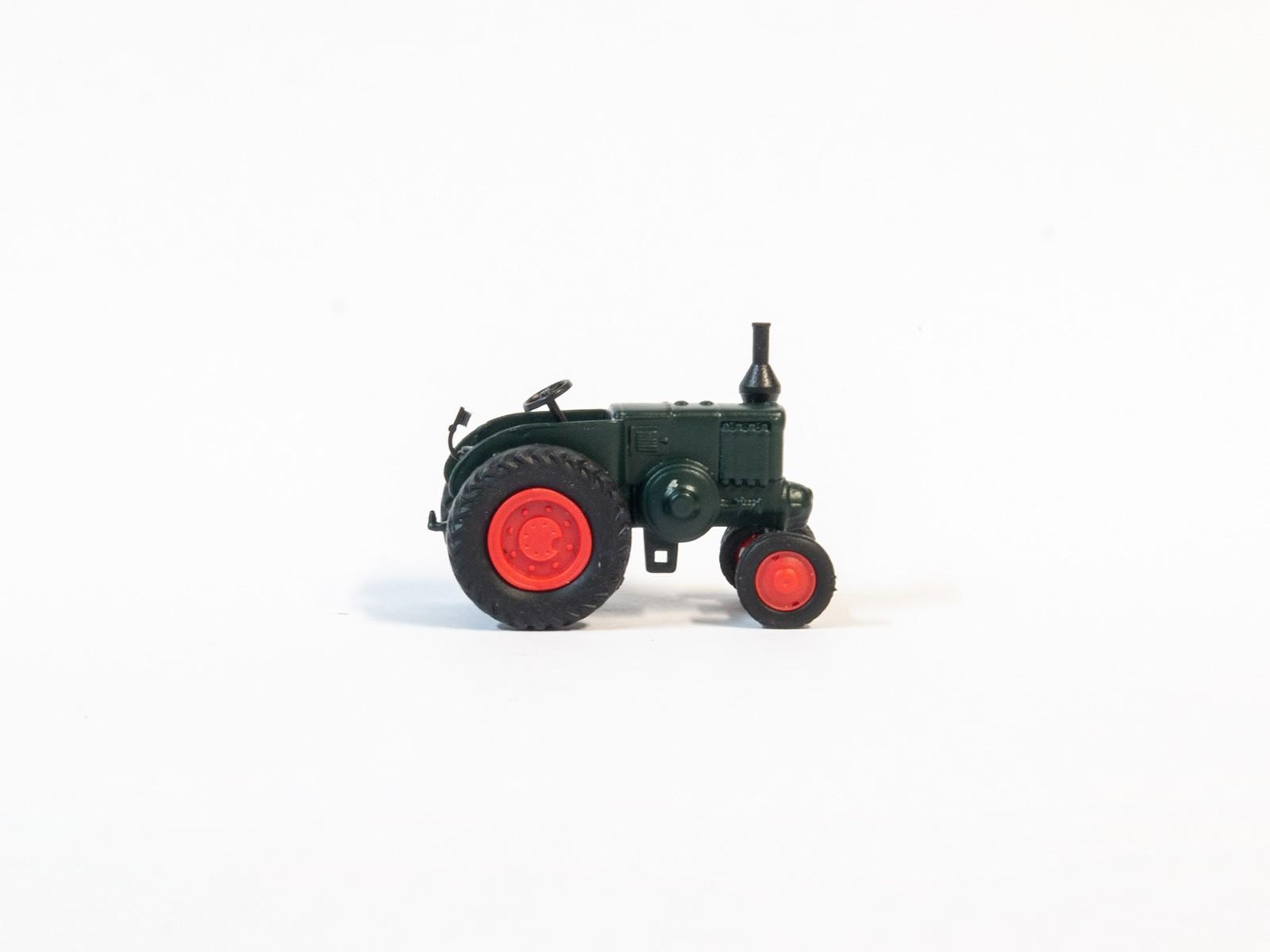 Schuco 26296 H0 Ursus C-45 Traktor dunkelgrün