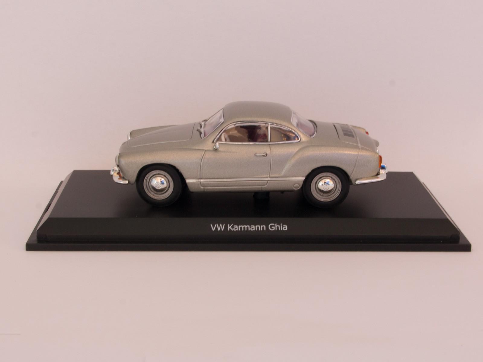 Schuco 450774600  VW Karmann Ghia silber