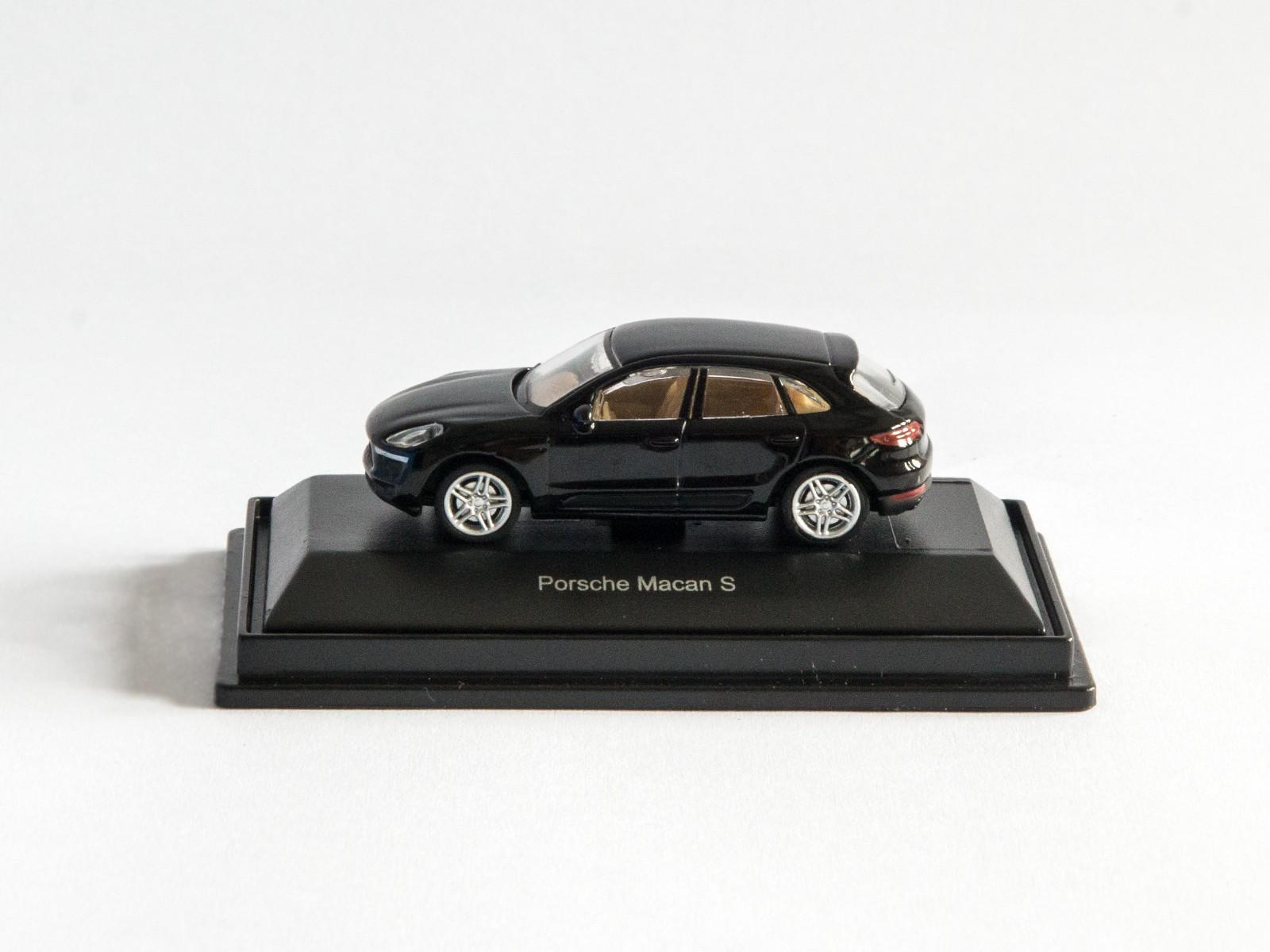 """Schuco 26163 H0 Porsche Macan S """"schwarz"""""""