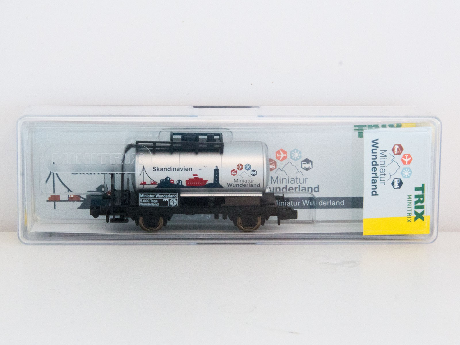 "Limitierter Sonderwagen N Minitrix 2015 Kesselwagen ""5000 Tage Wunderland - Skandinavien"""