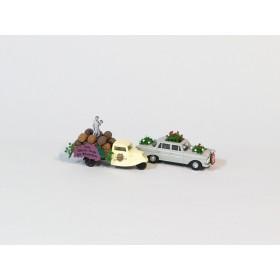 Busch 49942 H0 zwei PKW mit Blumenschmuck für Festumzug