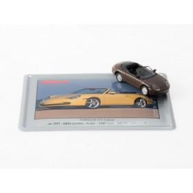 Schuco 26932-13 Porsche 911 braun auf Blechkarte